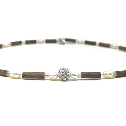 YumNaturals Emporium - Bringing the Wisdom of Mother Nature to Life - Hazelwood Freshwater Pearl Necklace Shamballa Bead 2