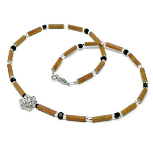 YumNaturals Emporium - Bringing the Wisdom of Mother Nature to Life - Hazelwood Black Clear Necklace Flower Bead 1