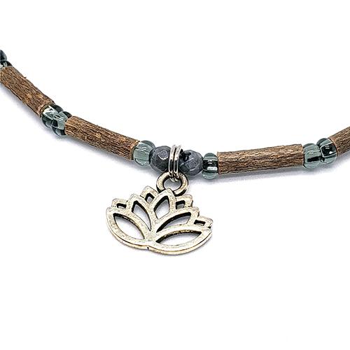 YumNaturals Emporium - Bringing the Wisdom of Mother Nature to Life - Hazelwood Labradorite With Lotus Flower Bead 2