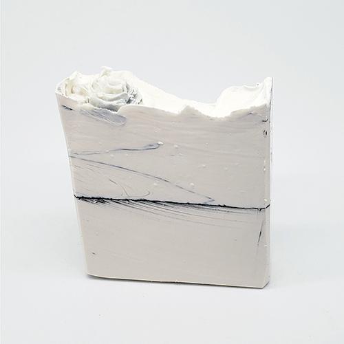 YumNaturals Emporium - Bringing the Wisdom of Nature to Life - Peppermint Blizzard Soap Large