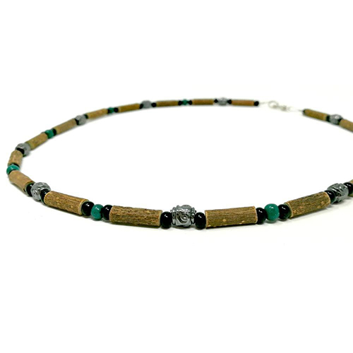 YumNaturals Emporium - Bringing the Wisdom of Mother Nature to Life - Hazelwood Jade Necklace Medieval Style 2