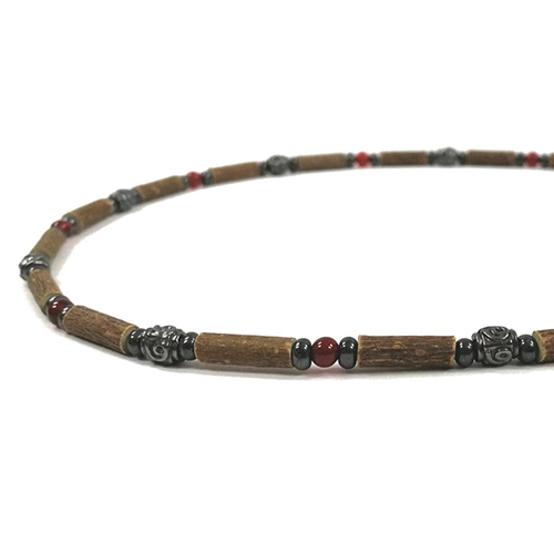 YumNaturals Emporium - Bringing the Wisdom of Mother Nature to Life - Hazelwood Red Agate Necklace Medieval Style 2