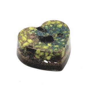 YumNaturals Emporium - Bringing the Wisdom of Nature to Life - Orgonite Heart Assorted 1