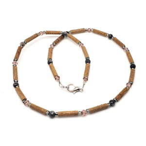 YumNaturals Emporium - Bringing the Wisdom of Mother Nature to Life - Hazelwood Labradorite Necklace 1